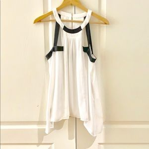 BCBG white top size small.  Almost new condition.